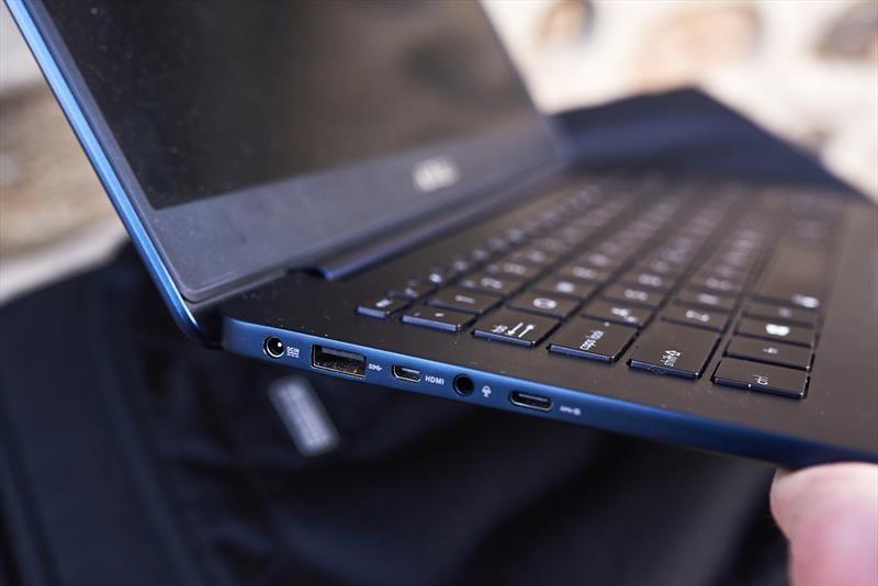 Asus ZenBook UX430 (12)