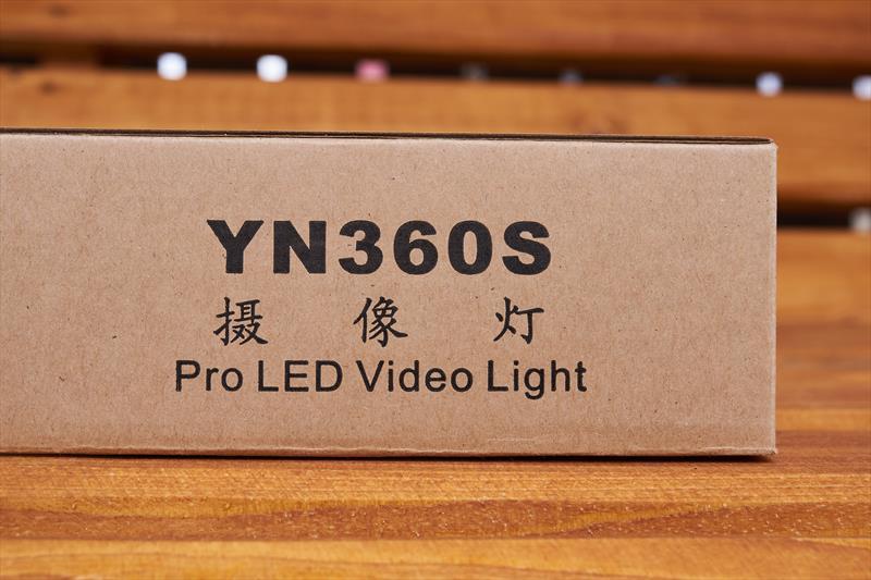Yongnuo YN360S (3)
