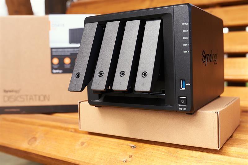 Synology DS418 (10)