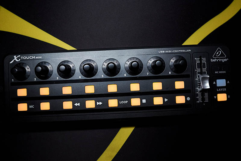 Behringer XTouch Mini (1)