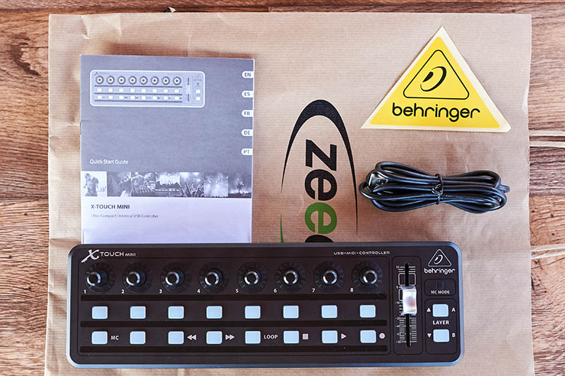 Behringer XTouch Mini (14)