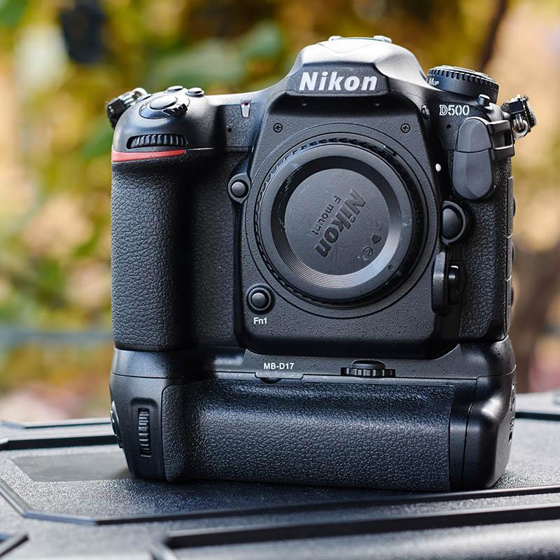 Nikon D500 grip (2)