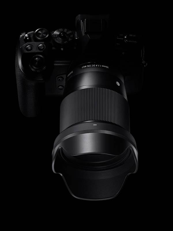 16mm f/1.4