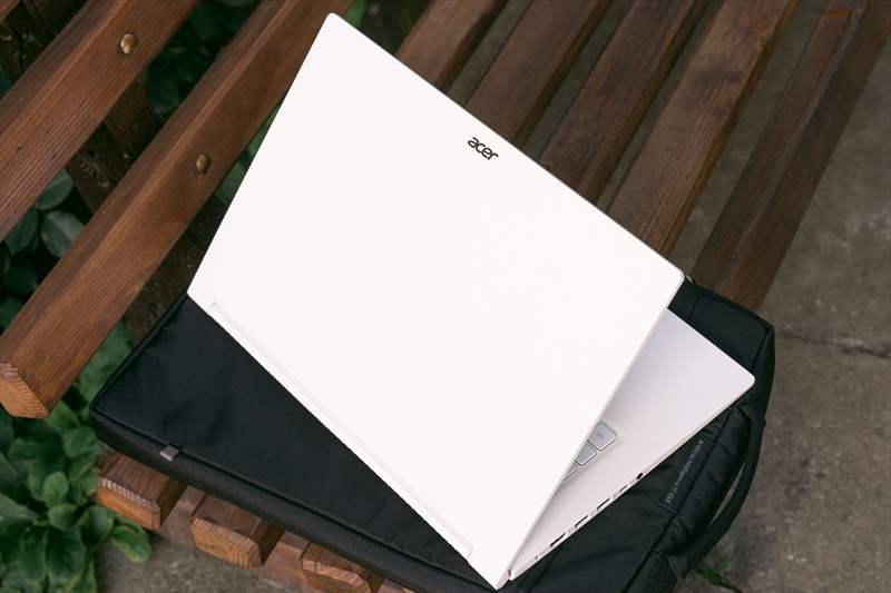 Acer Concept D 5 (64)