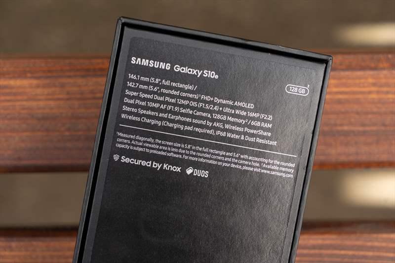 Samsung Galaxy S10e (3)