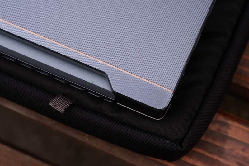 ASUS StudioBook Pro X W730G5T 01 (23)