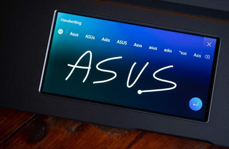 ASUS StudioBook Pro X W730G5T 01 (63)
