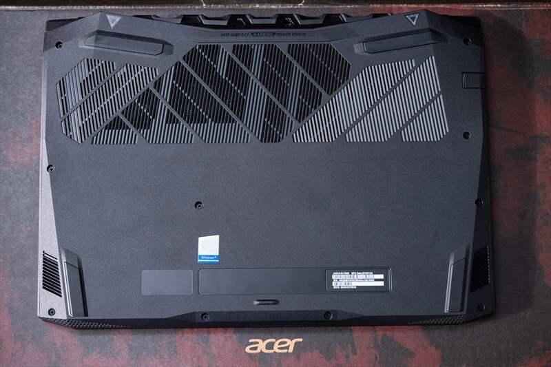 Acer Nitro 5 2019 - Review 01 (5)