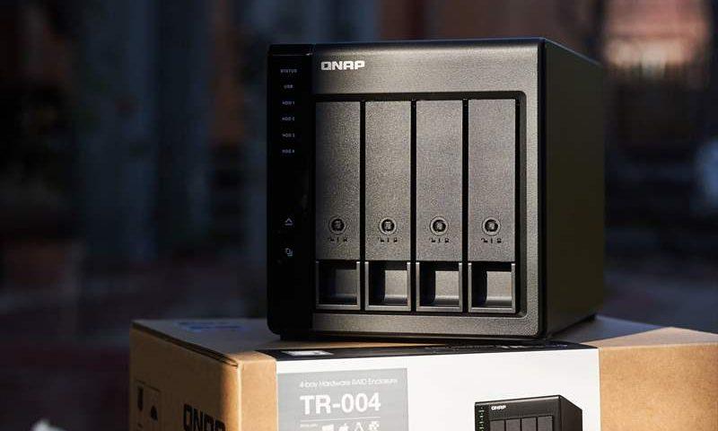 Qnap TR-004 - 01 (18)