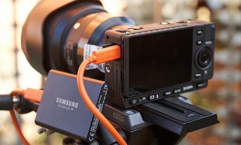 Samsung T5 - 1 TB - 01 (1)