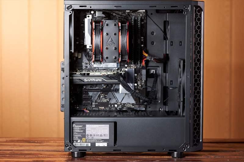 Workstation Pixel Paladin - PC Garage - Ghidul DLSR - 1 (1)