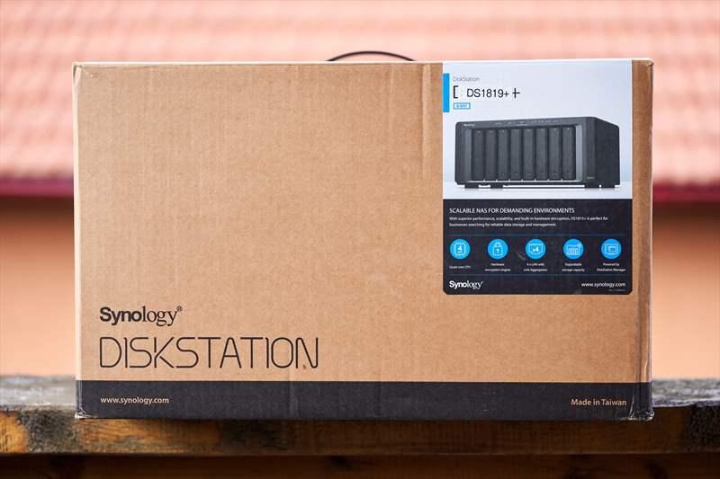 Synology DS1819+ (2)